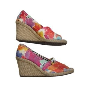 Toms floral wedge open toe rope wrapped heel sz 7